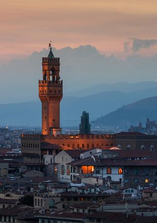 Skyline von Florenz bei Sonnenuntergang