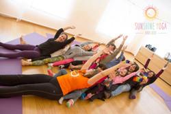 Aulka Yoga Pais & Filhos