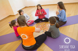 Aula Yoga Kids 6 aos 12 anos