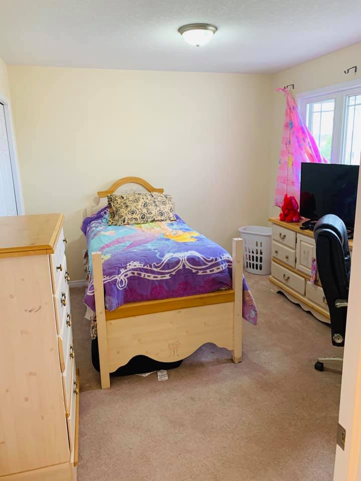 1487 Albany Dr Bedroom 2