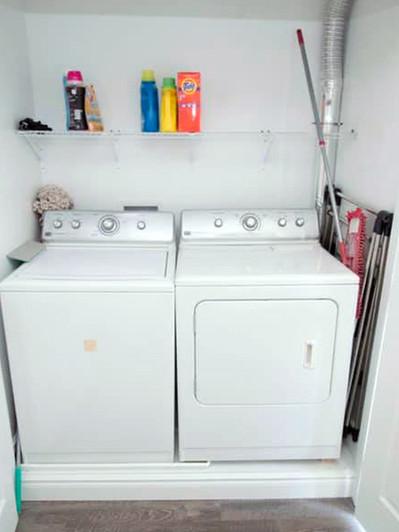 101_Fairway_Hill_Crescent_Laundry