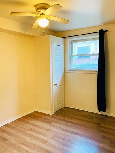 82 Kingscourt Ave Bedroom