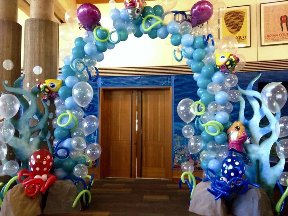 under the sea balloon arch