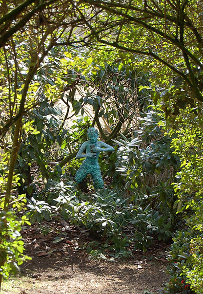 Statue_of_Pan_in_Coton_Manor_Gardens_-_g