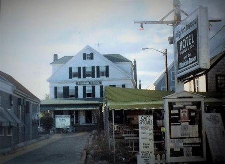 pilgrim house 1981.jpg