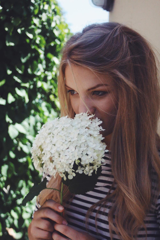 Rachel Mary Lou with flowers