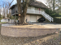 Large retaining wall (Versalok) and patio