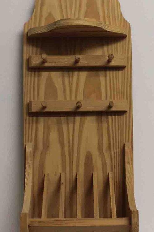 Platero de madera con balda o repisa y colgador