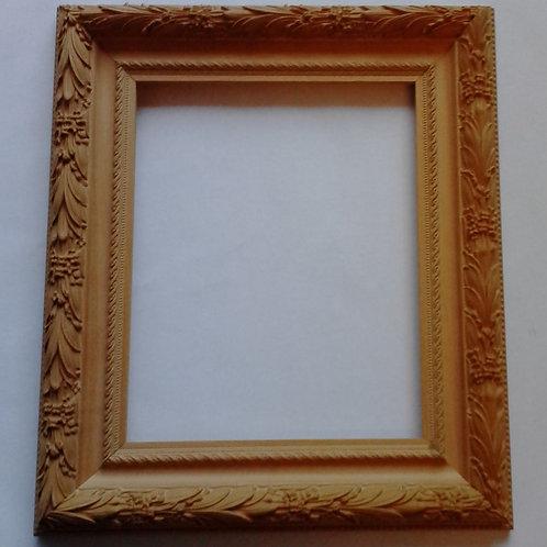 Moldura o marco de madera para pintar tallado