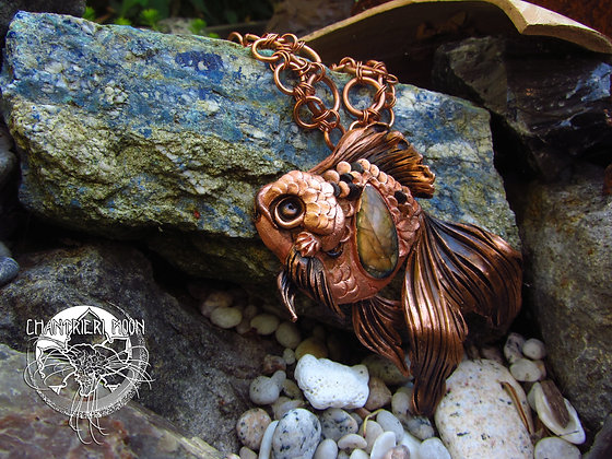 Labradorite Oranda Goldfish Necklace