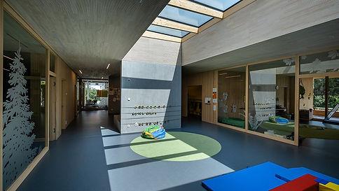 Ventanas LAMILUX de alta eficiencia para techo plano - RCE LATAM