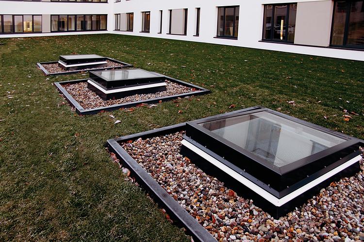 Ventanas Lamilux para techos plano con certificación Passivhaus - RCE LATAM
