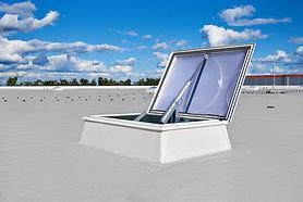 Ventilación natural para industrias con Lamilux - RCE LATAM