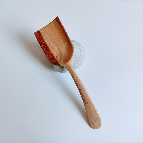 Medium length spoon, straight edged head, two tone beech, rounded handle, burnished