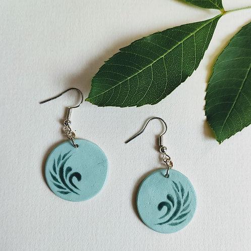 Green swirl circle earrings (M)