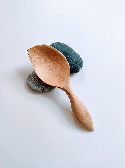 Leaf-shaped serving spoon