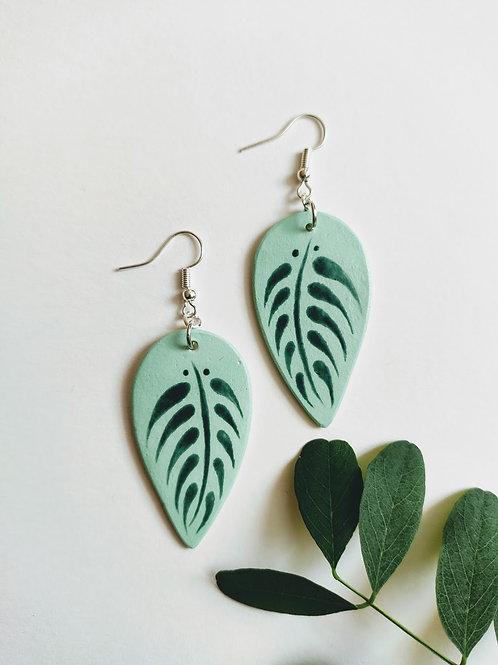 Leaf earrings (M)