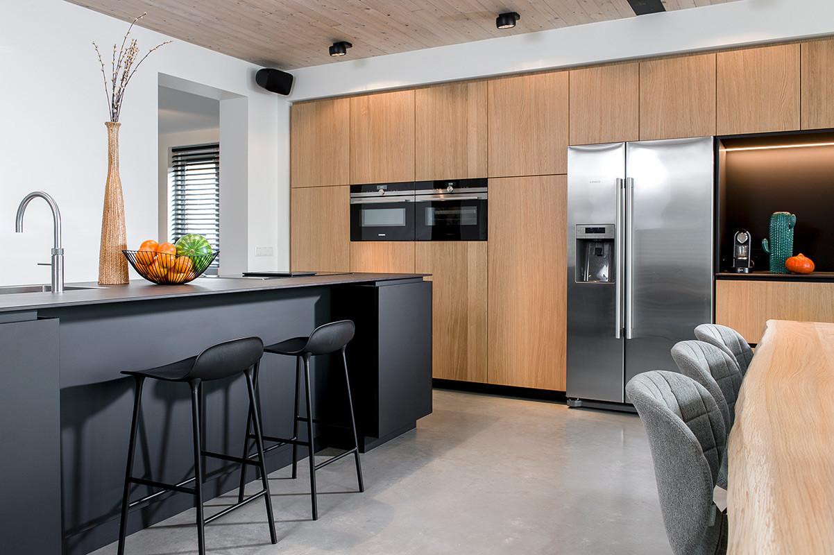 Keuken zwart 2.jpg