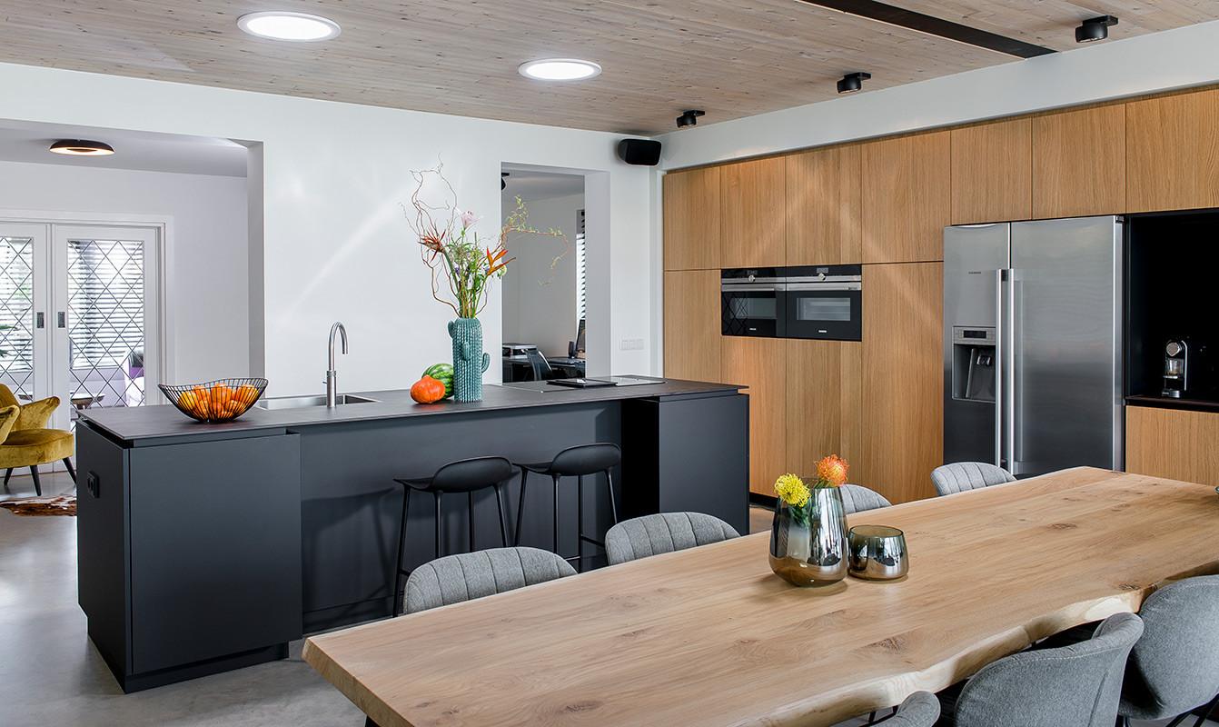 Keuken zwart 1.jpg