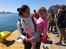 refugees Piraeus 135 - copia (29250993).