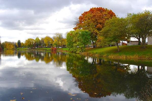 LakeSacajawea1.jpg
