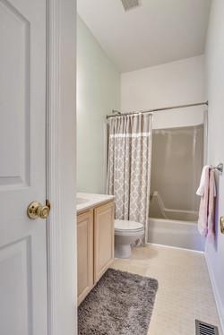 Main Level-Bath-_A7R2455