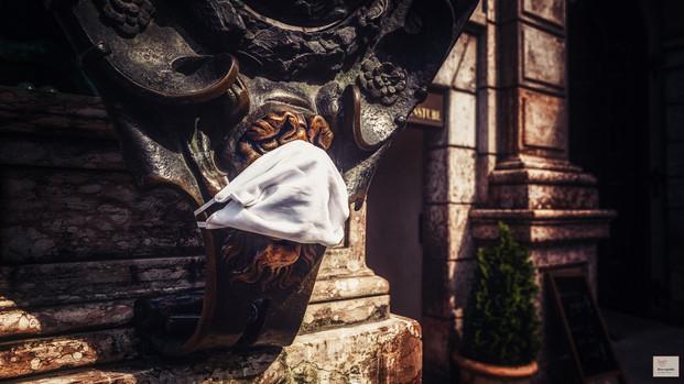 Glück mit Maske - Residenz München - ©zoo-o-grafie - AWa