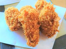 広島県産牡蠣フライあります