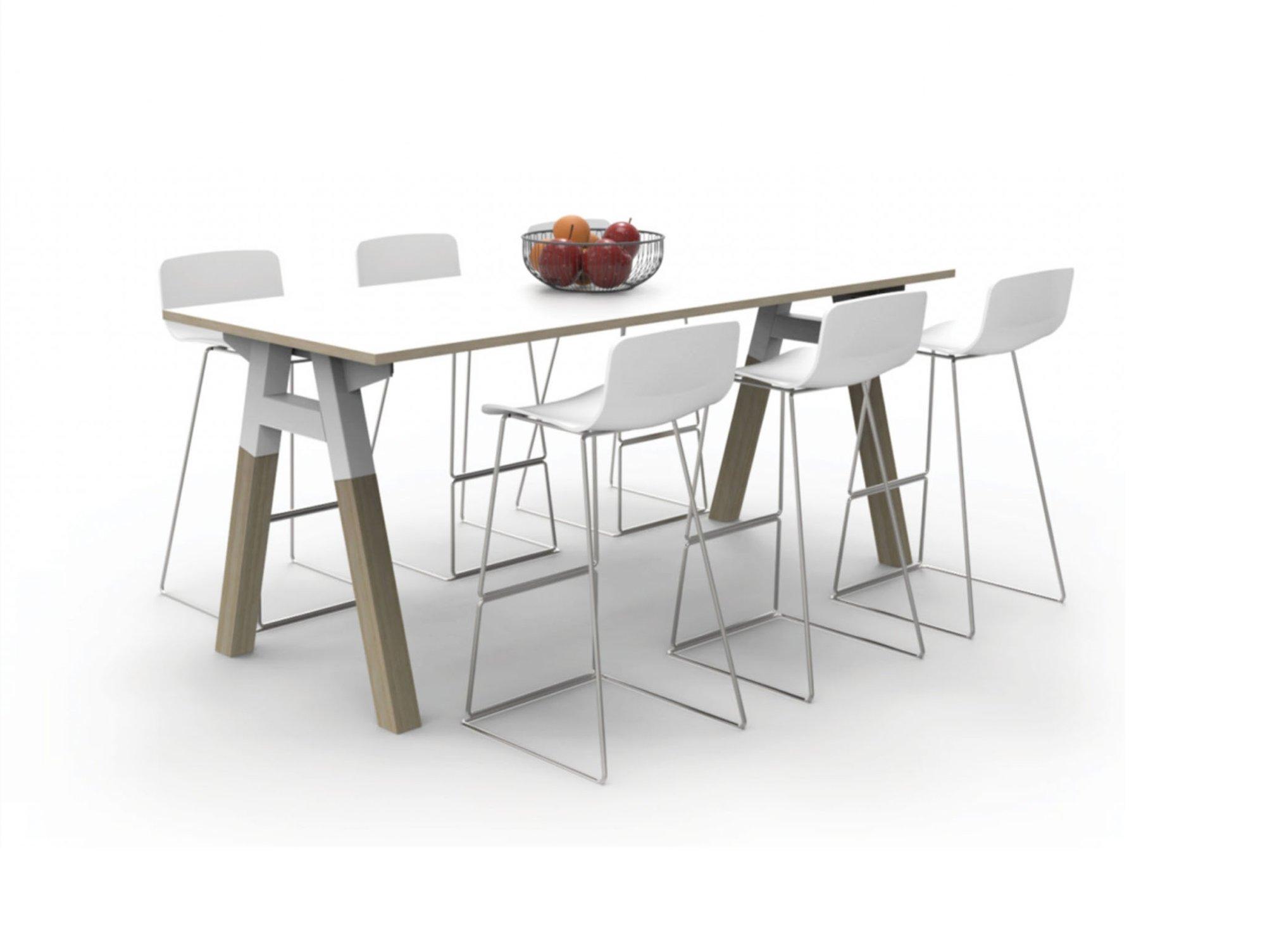 V6 plantation high table