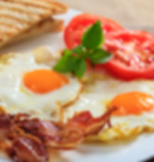 fried-eggs-and-bacon-PDFH5ZU.jpg