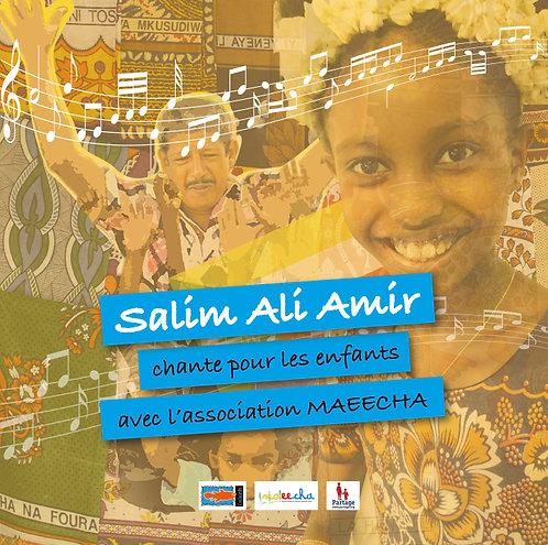 Salim Ali Amir chante pour les enfants avec l'association MAEECHA