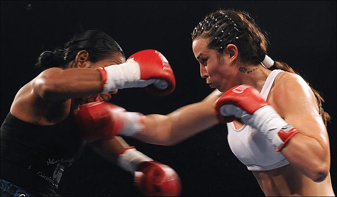 womenBoxing-682_866328a