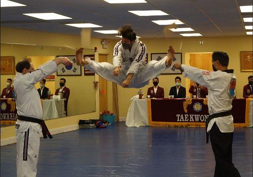 Dorrian split jump.JPG