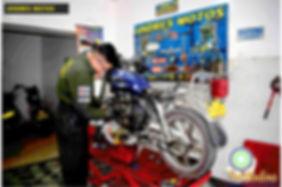 andres motos2.jpg