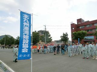 門司港レトロの清掃ボランティア活動に参加しました。