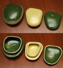 Teapot lid, sugar lid, butter pat