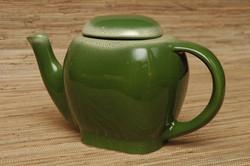 Tamac teapot in frosty pine