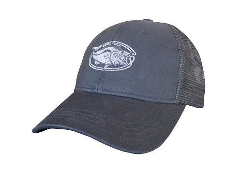 Bassin' Vintage Trucker Hat - Black/Black