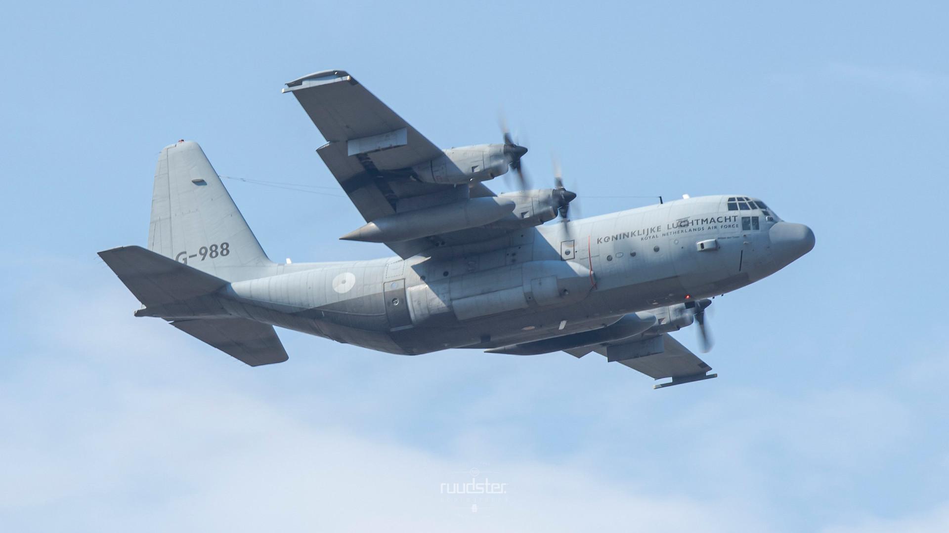 1984   G-988   Lockheed C-130H Hercules