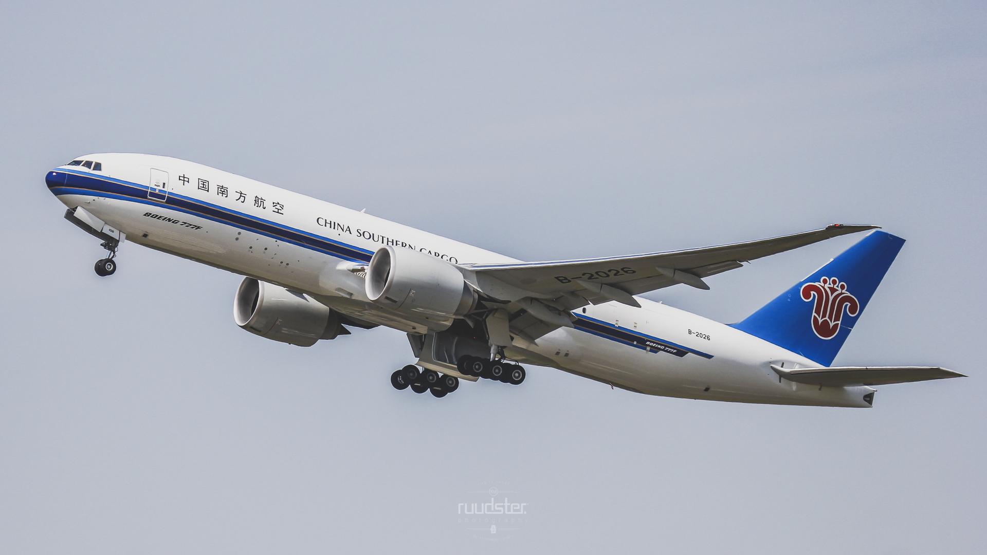 B-2026 | Build: 2015 - Boeing 777F