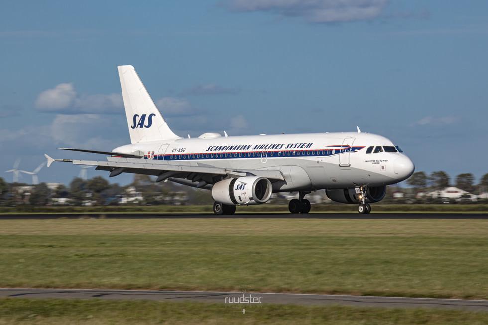 OY-KBO   Build: 2006 - Airbus A319-132