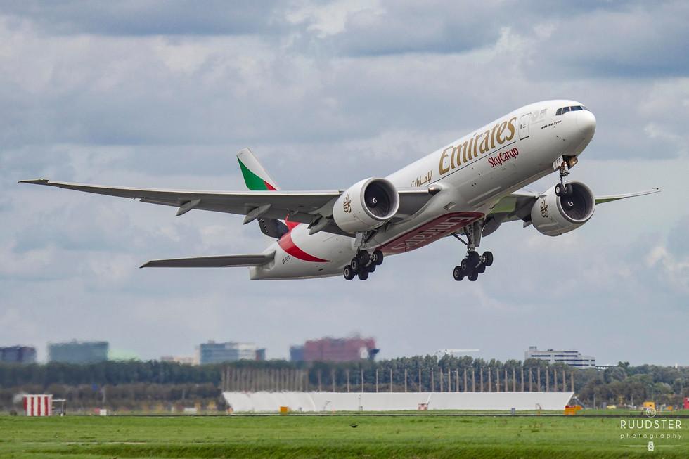 A6-EFO | Build: 2014 - Boeing 777-F1H