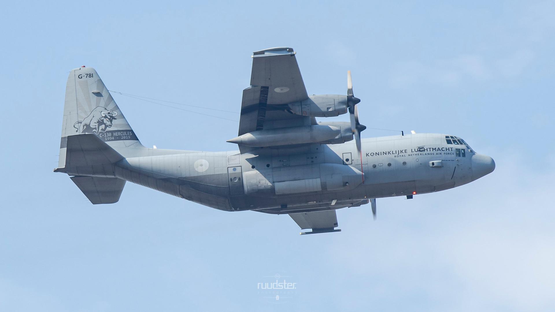 1987   G-781   Lockheed C-130H Hercules
