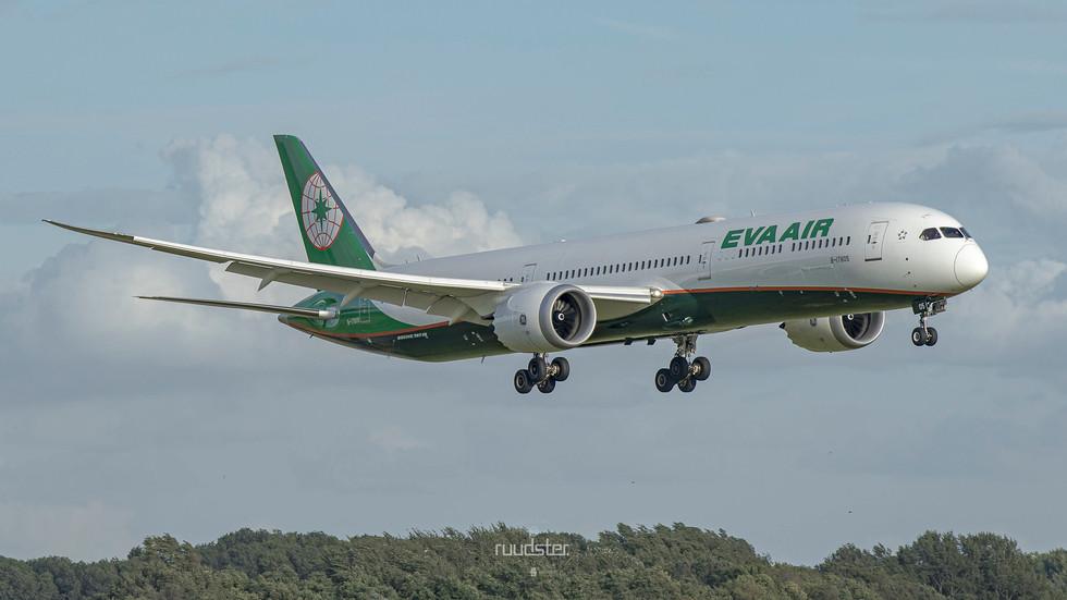 B-17805   Build: 2019 - Boeing 787-10