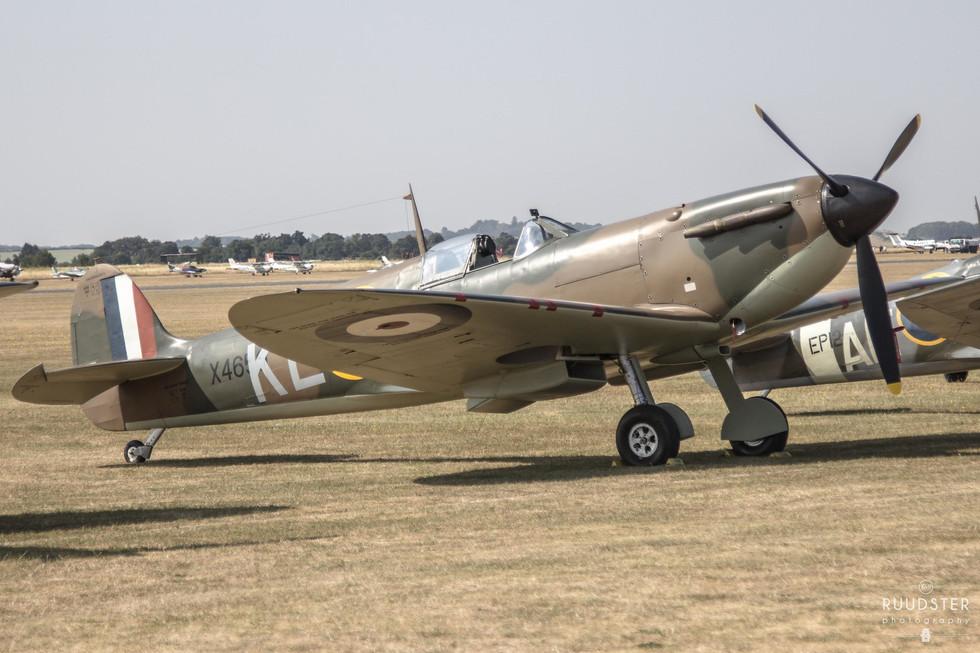 X4650 / G-CGUK | Build: 1940 - Supermarine Spitfire Mk.I