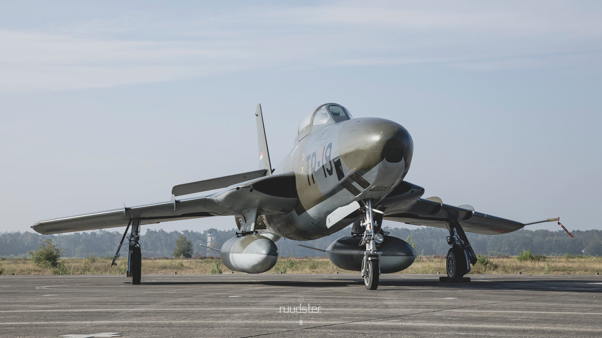 TP-19   Build: 1955 - Republic RF-84F Thunderflash