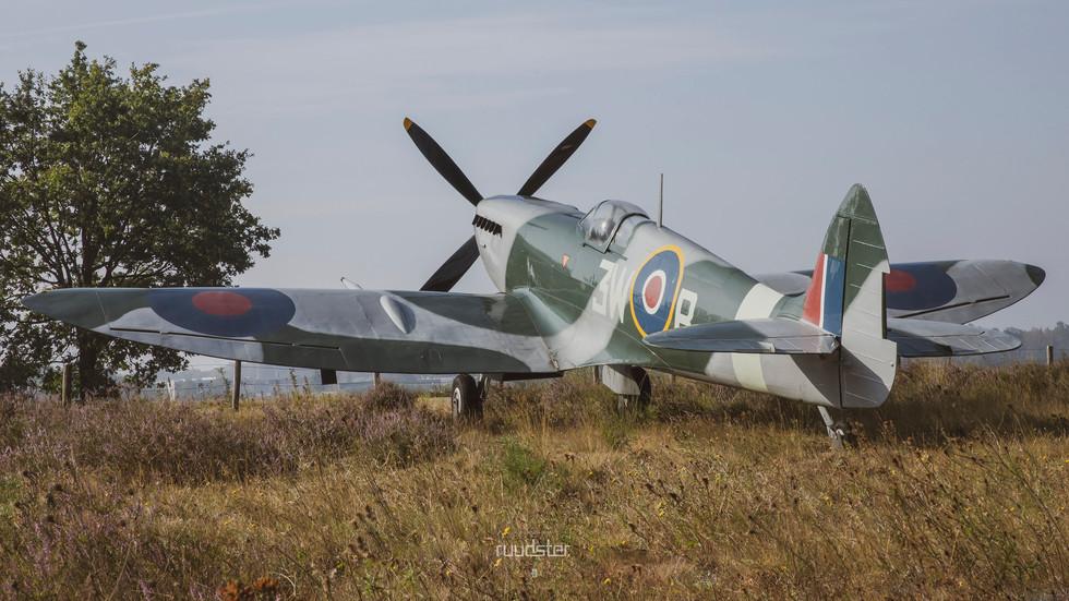 3W-B | Build: 1936 - Super Marine 'Spitfire' Mk.IX