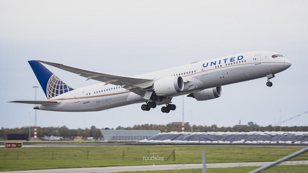 N38955   Build: 2015 - Boeing 787-9