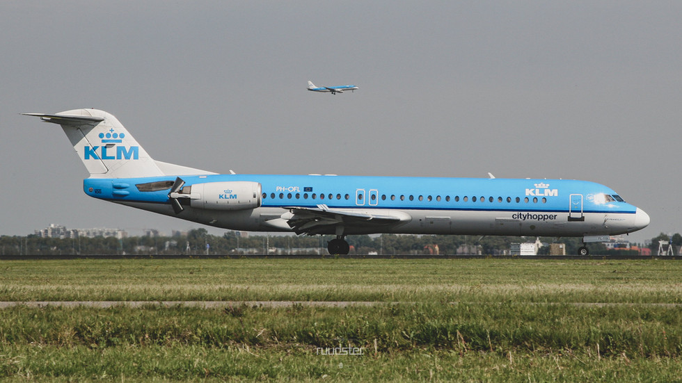 PH-OFL   Build: 1993 - Fokker F28-0100
