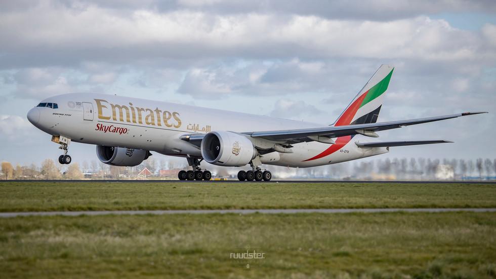 A6-EFN | Build: 2014 - Boeing 777-F1H
